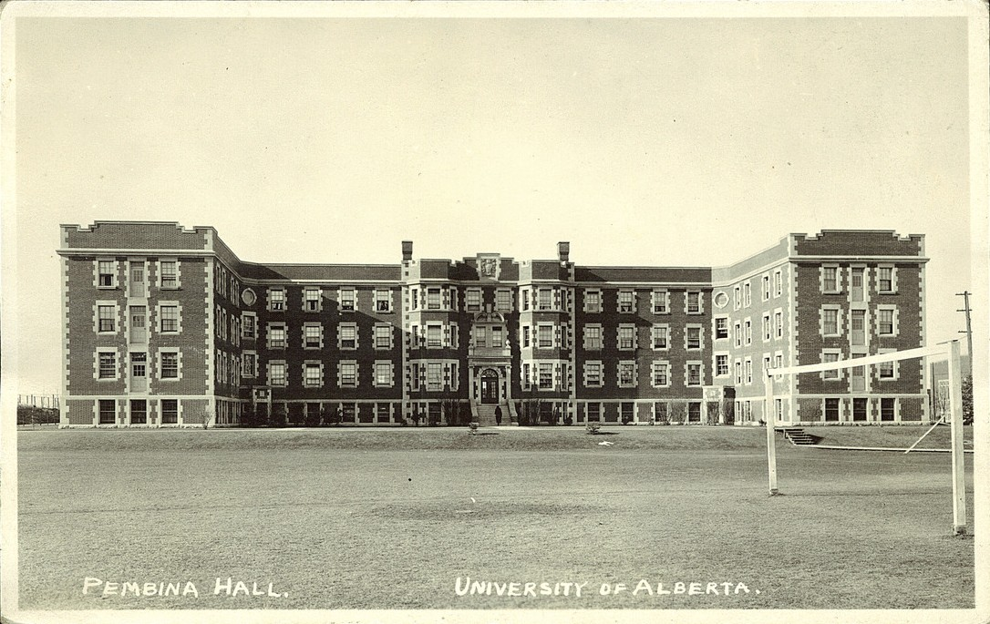 Postcard 14023 shows Pembina Hall after 1914. Image courtesy of the Peel's Prairie Provinces Collection
